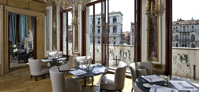Aman Canal Grande, Venedig | Top 5 Luxusresorts nach Elle  Top 5 Luxusresorts nach Elle Aman Canal Grand Venedig Top 5 Luxusresorts nach Elle wohnenmitklassikern