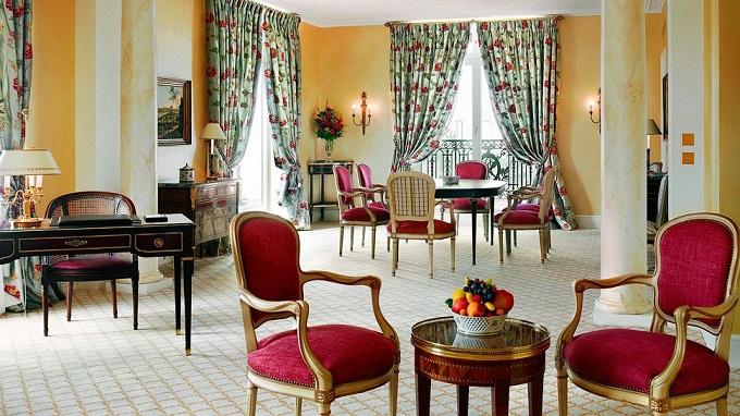 Le Bristol, Paris | Haute Couture der Hotellerie  Haute Couture der Hotellerie Le Bristol Paris Haute Couture der Hotellerie wohnenmitklassikern