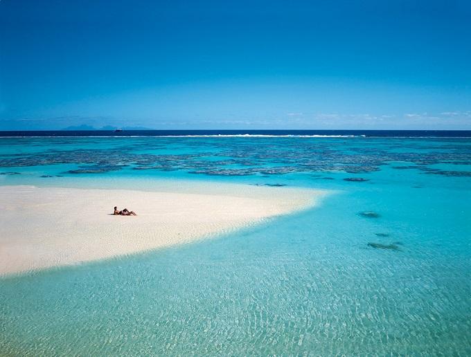 Marlon Brandos Insel und sein Luxusresort  Marlon Brandos Insel und sein Luxusresort Marlon Brandos Insel und sein Luxusresort wohnenmitklassikern2