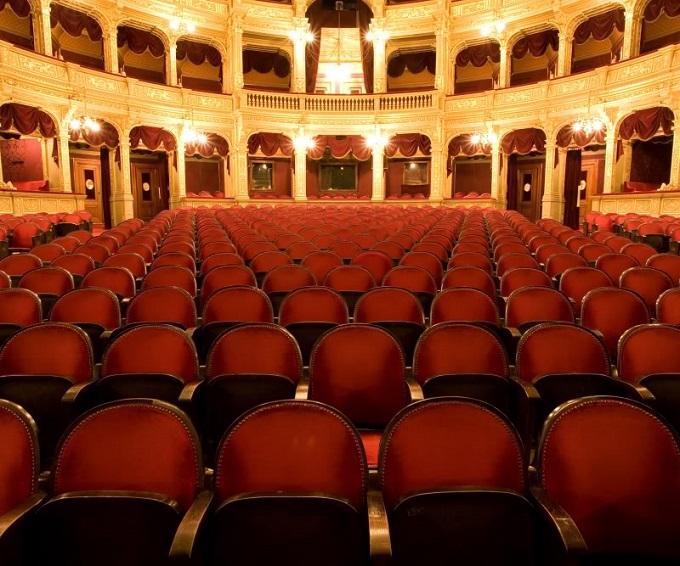 Deutsche Oper Berlin   Deutsche Oper Berlin Berlin Deutsche Oper Zuschauerraum3
