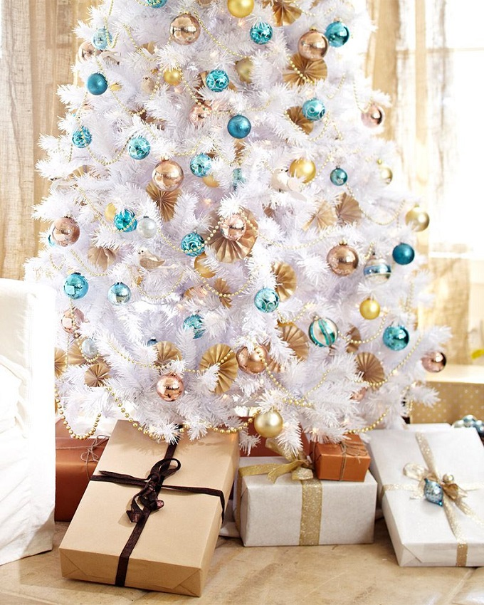 Dekotipps: der perfekte Christbaum  Dekotipps: der perfekte Christbaum Dekotipps der perfekte Christbaum weiss 2