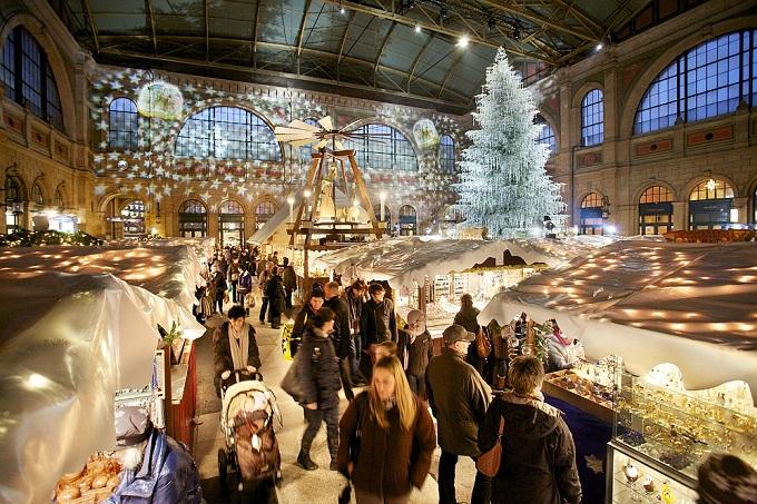 Zürich, Schweiz   Die 10 schönsten Weihnachtsstädte Z  rich Schweiz sch  nsten Weihnachtsst  dte