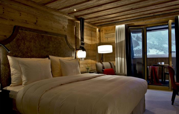 Alpina Gstaad Hotel in der Schweiz  Alpina Gstaad Hotel in der Schweiz Wohnen mit klassikern Alpina Gstaad Hotel in der Schweiz bett Alpina Gstaad Accommodations