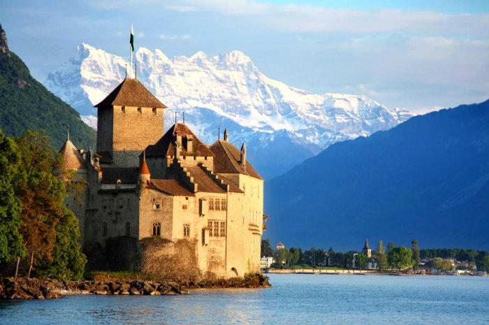 Blick auf den berühmte Schlossen!  Blick auf den berühmte Schlossen! wohnen mit klassikern Blick auf den ber  hmte Schlossen schloss