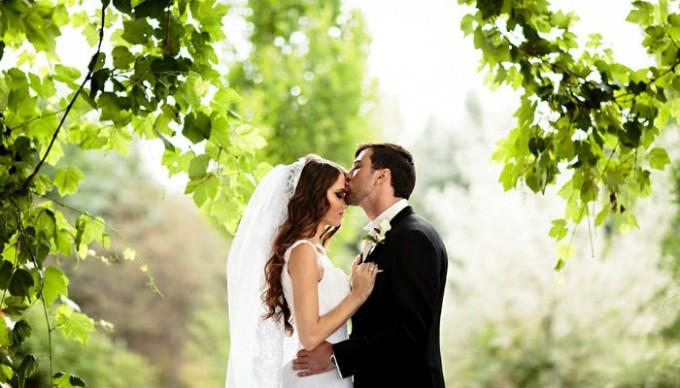 wohnen-mit-klassikern-Ihre-Vorbereitung-für-die-Hochzeit-dekorieren