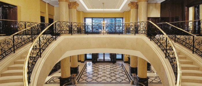 wohnen-mit-klassikern-The-Ritz-Carlton-Hotel-in-Deutschland-Zimmer modernes design Modernes Design: The Ritz-Carlton Hotel in Deutschland wohnen mit klassikern The Ritz Carlton Hotel in Deutschland Zimmer