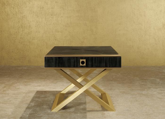 Armani-Casa-Gold-On-Gold-Bedside-Table  Top 7 zeitgenössische Nachttische für Schlafzimmer 1