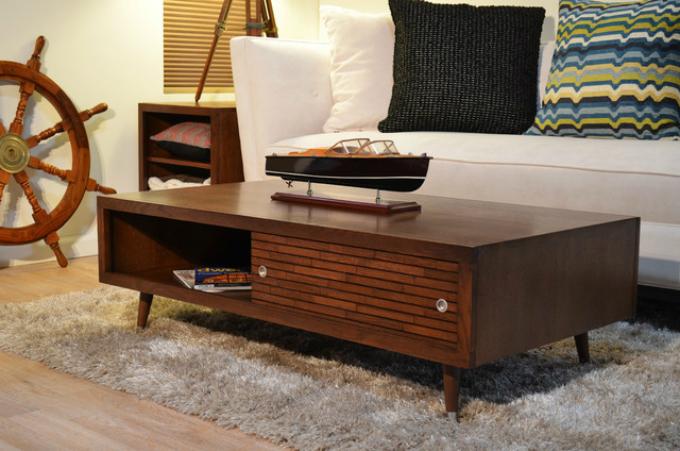 Klassische Beistelltische – 10 Wohnzimmer Ideen7  Klassische Beistelltische – 10 Wohnzimmer Ideen 73