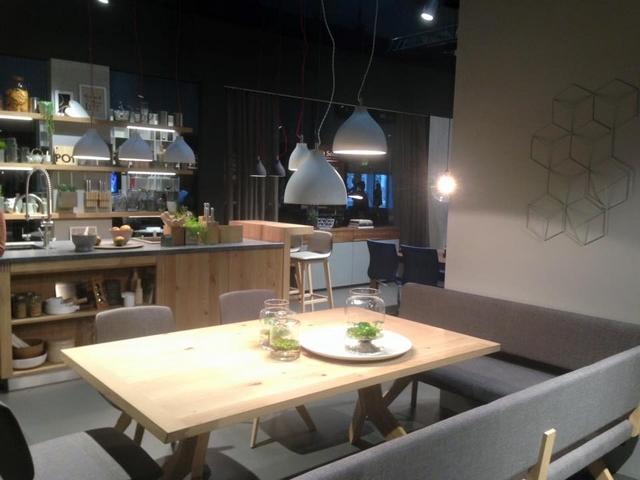 Wohnen & Interieur Wien bringt Frühling Trends 2016  Wohnen & Interieur Wien bringt Frühling Trends 2016 Natural wood furniture in elegant design 3
