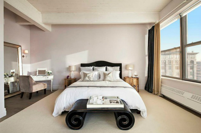 Anne-Hathaway-Schlafzimmer_Ideen_Wie_die_Promis_ihr_Schlafzimmer_dekorieren  Schlafzimmer Ideen – Wie dekorieren die Promis Ihr Schlafzimmer Anne Hathaway Schlafzimmer Ideen Wie die Promis ihr Schlafzimmer dekorieren