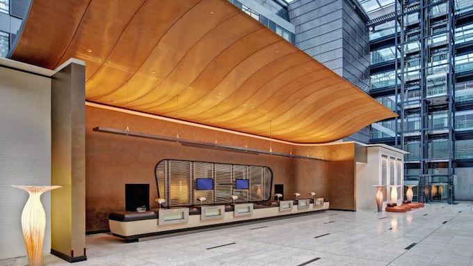 Joi-Design – Besten Inneneinrichtungsprojekten je_Hilton_Frankfurt_Airport-Frankfurt_am_Main-Empfang-1-454038 joi-design Joi-Design – Besten Inneneinrichtungsprojekten je Joi Design     Besten Inneneinrichtungsprojekten je Hilton Frankfurt Airport Frankfurt am Main Empfang 1 454038
