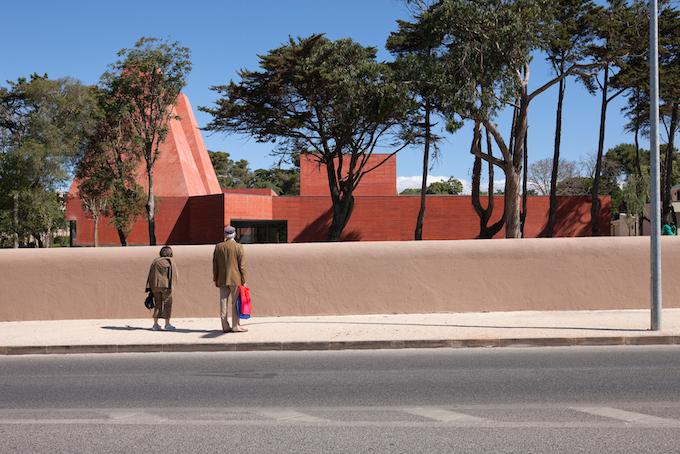 ARCHITEKTURVERANSTALTUNGEN IM SOMMER - DAS WO UND WANN_Museu Paula Rego_Eduardo Souto Moura veranstaltungen ARCHITEKTURVERANSTALTUNGEN IM SOMMER - DAS WO UND WANN ARCHITEKTURVERANSTALTUNGEN IM SOMMER DAS WO UND WANN Museu Paula Rego Eduardo Souto Moura