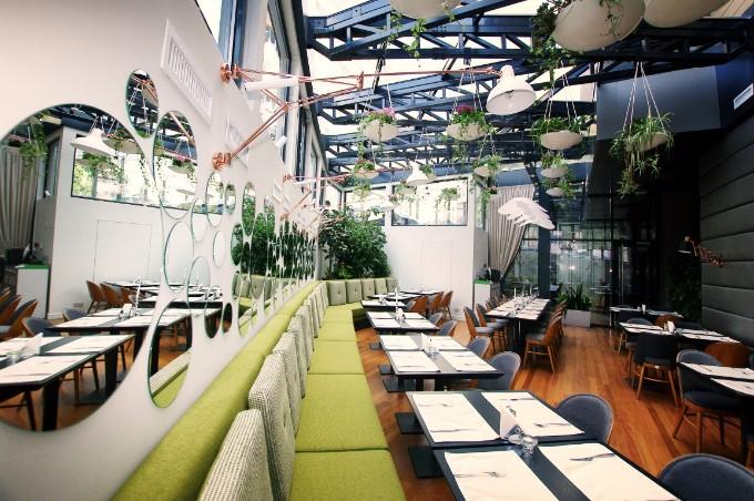 Die hängenden Gärten von Berthelot´s Restaurant berthelot´s restaurant Die hängenden Gärten von Berthelot´s Restaurant IMGT1814 edit