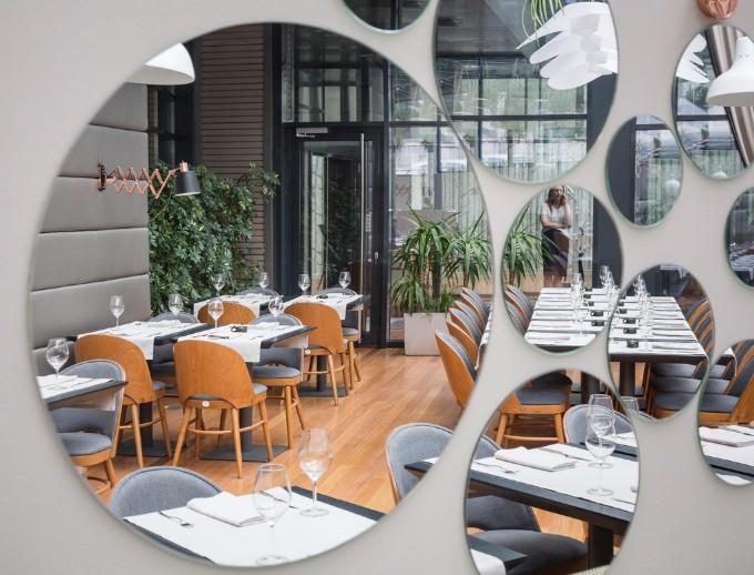 Die hängenden Gärten von Berthelot´s Restaurant berthelot´s restaurant Die hängenden Gärten von Berthelot´s Restaurant L Hanging Gardens Berthelot Restaurant Bucharest Archi living resize