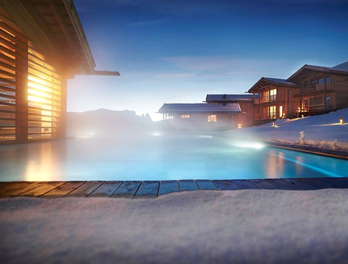 luxus chalets Atemberaubende Luxus Chalets für Winterurlaub in der Natur adlermountainlodge4