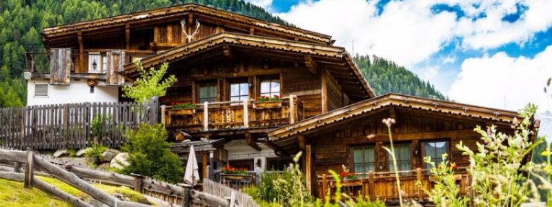 chalets dekor Atemberaubende Chalets Dekor für Sommerurlaub in der Natur capa 1