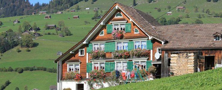 modernes design Modernes Design für perfekte Sommer Chalets chalet 1350420 1920 1 740x300